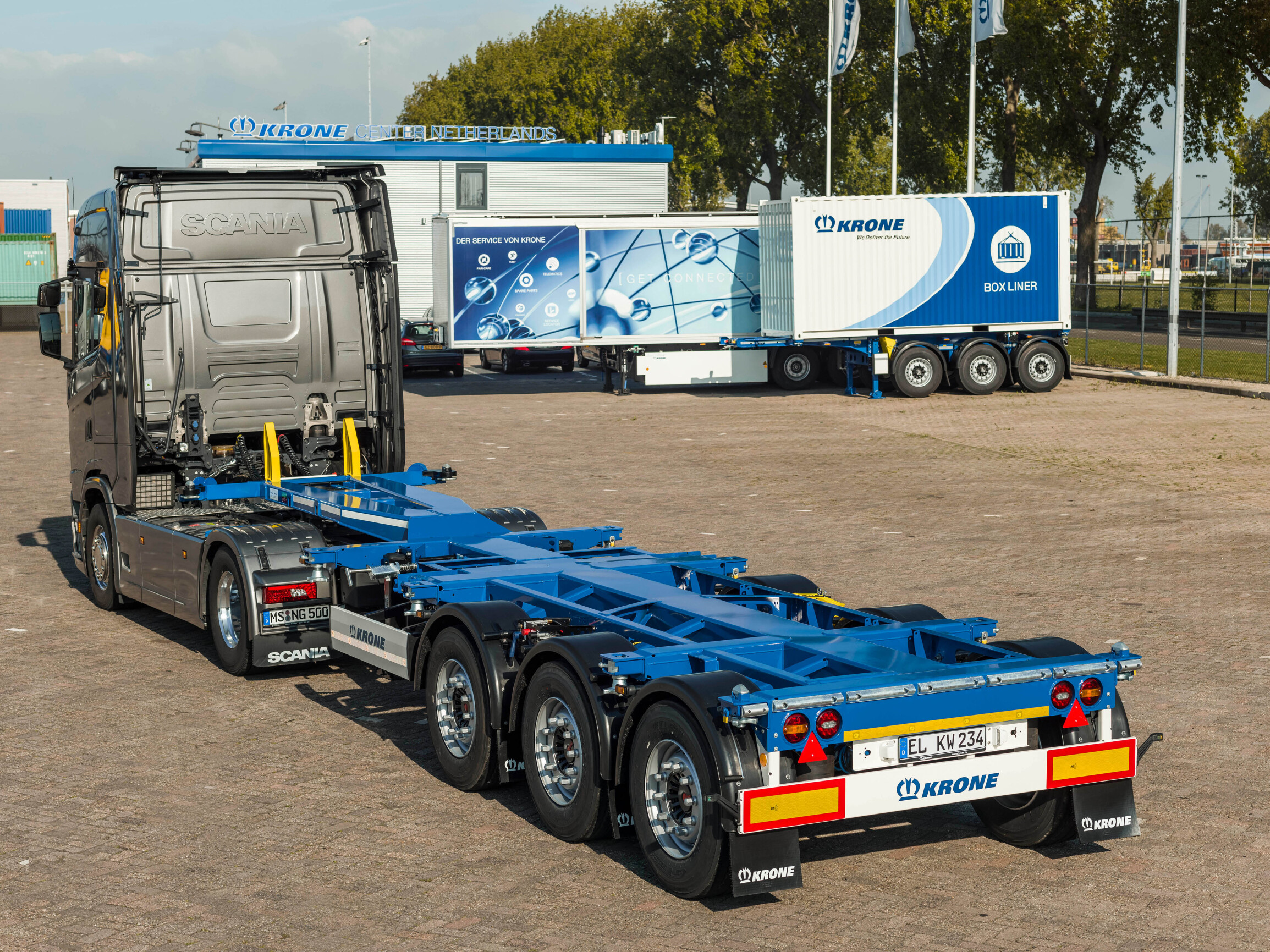 Container Chassis Box Liner SDC27 ELTU 70 KRONE1