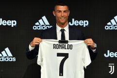 É oficinal: Cristiano Ronaldo já veste a camisola da Juventus-image