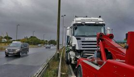 Insólito: Camião em contramão provoca o caos na capital-image