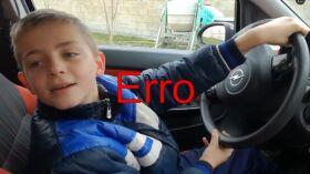 Pai arrepende-se de emprestar carro desportivo a filho de 10 anos-image