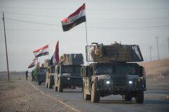 Iraquianos celebram derrota histórica do ISIS em Mossul-image