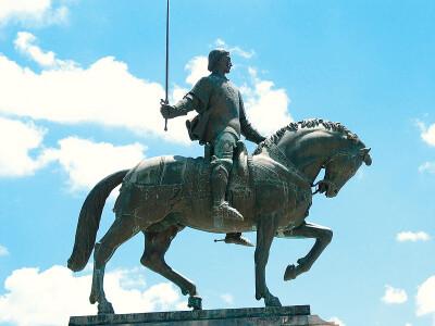 Estátua Equestre de Nuno Álvares Pereira