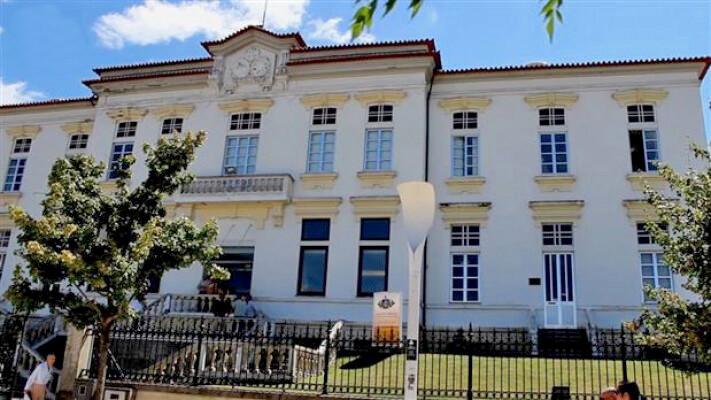 centro-hospital-do-medio-ave-com-investimentos-ainda-em-2018-image