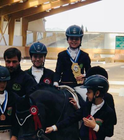 AEJC recebe Troféu Dressage Póneis